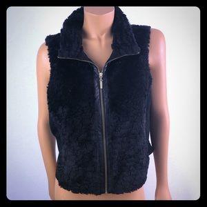 Nygard black faux fur zip up sleeveless vest Sz M